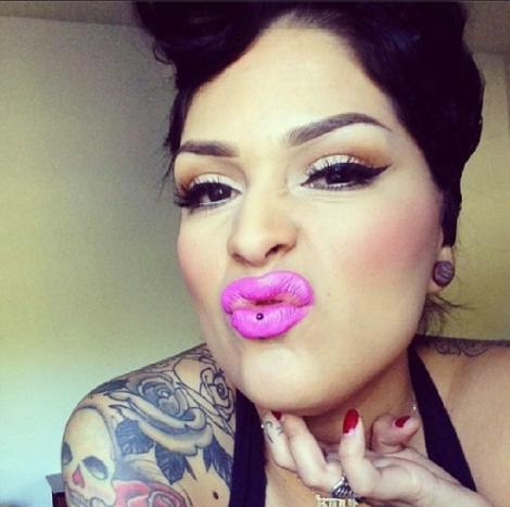 @lora_arellano, you rock!! Makeup artist ;)